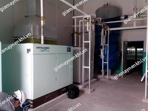 Người dùng cần chú ý lắp đặt máy nén khí tại mặt nền bằng phẳng, không gồ ghề