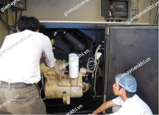 Người dùng không nên tự ý sửa chữa máy nén khí khi không hiểu biết về máy