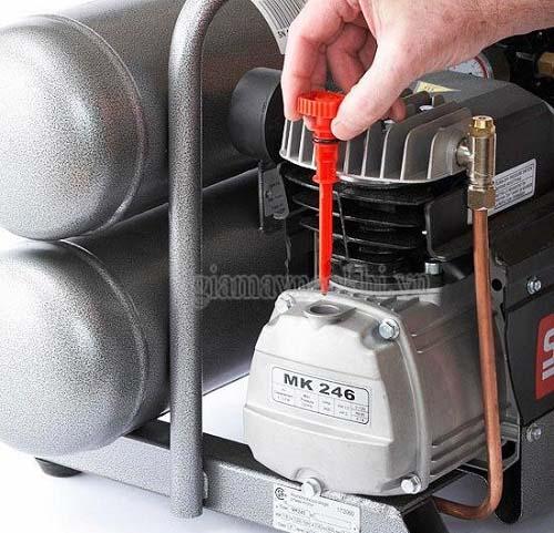 Sử dụng loại dầu máy phù hợp cho máy nén khí piston