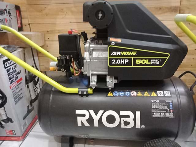 Máy nén khí ryobi 2hp với màu đen sang trọng và hiệu suất vượt trội